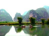 Rafting on the Yulong River with bamboo rafts